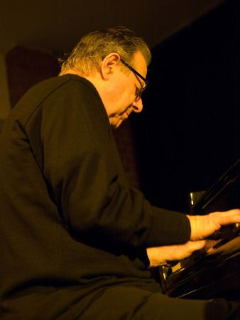 Fritz Pauer at the Jazzclub Unterfahrt in Munich in 2009 (photo by Ohweh)