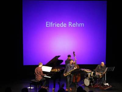 Achim Kaufmann, Sebastian Gille, Matthias Akeo Nowak, and Bill Elgart (photo from allgemeine-zeitung.de)